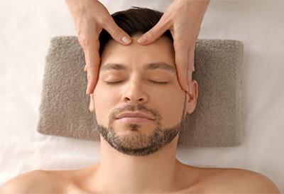 Gesichtsbehandlungen sind nur ein Anwendungsbereich bei Makeup The Face. Entdecken Sie auch unsere weiteren Anwendungen.